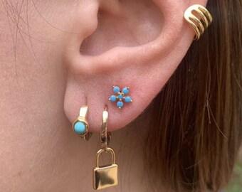 Tiny Flower Stud Earring, Small Diamond black, Dainty Post, Delicate Earring turquise, Daisy , Minimalist Jewelry Gold, 2nd Hole Earring