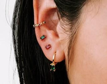 Fake Earring Cuff,  Conch Earring,  Earring No Piercing, Multi Stone Earring, Emerald Ear Cuff, Ruby Ear Cuff, Mineral Earring, Cartilage