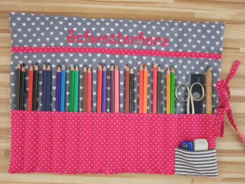 Large pen roll/brush roll pattern mix with wish name image 0