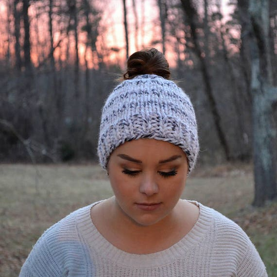 7619ede49bc7a DIY Knitting Pattern Pony Tail Hat Pattern Chunky Knit