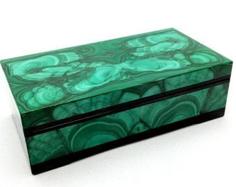 Jewelry box of malachite and dolerite