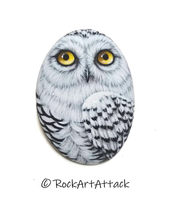 Snowy owl hand painted on flat pebble! Bird painting, owl home decor, Painted with Acrylics and finished with satin varnish Protection
