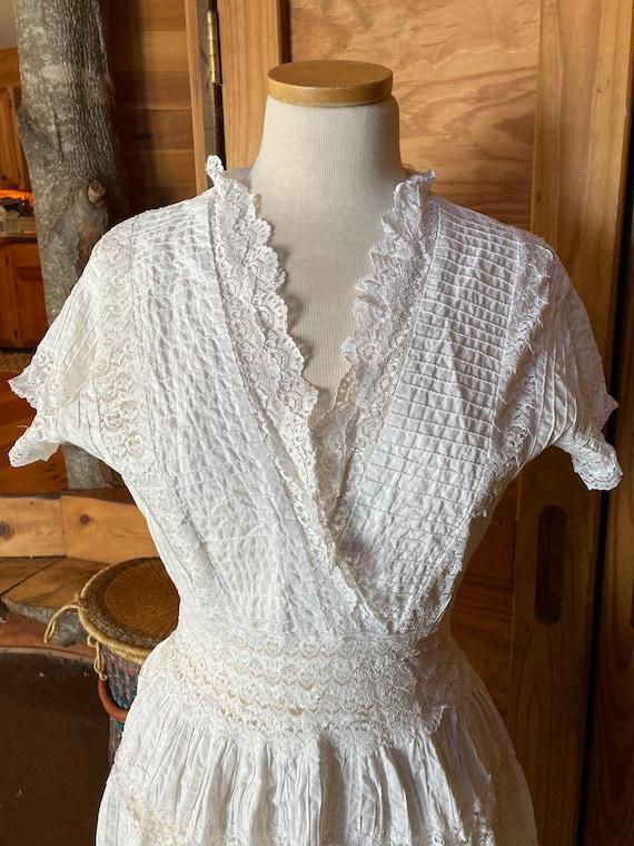 Vintage Victorian Cotton Eyelet Dress - image 4
