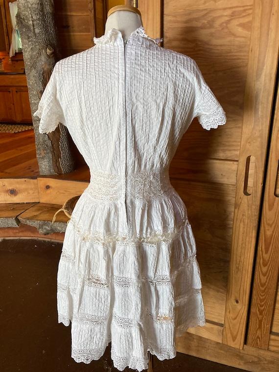 Vintage Victorian Cotton Eyelet Dress - image 3