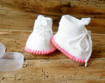 a129949eaa24e Luxury baby crochet boots with faux fur gray boots Newborn | Etsy