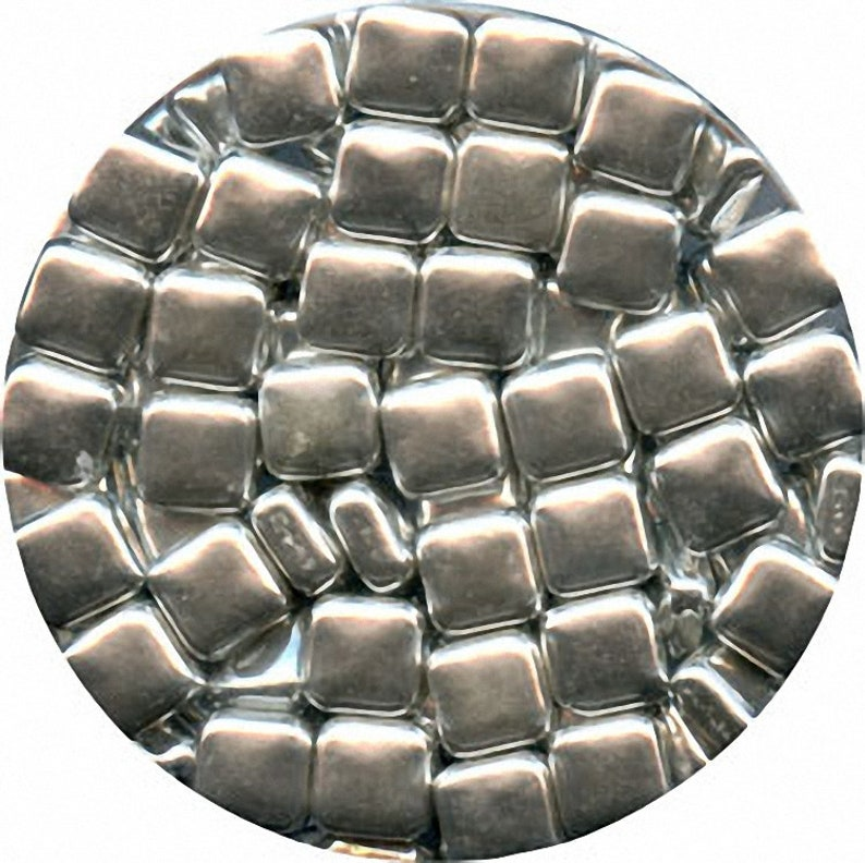 105g Silver Square DRAGEES 3.7 oz
