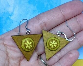 Green Flower Triangle Earrings | wood dangle earrings, wood triangle earrings, Triangle drop earrings, button earrings, geometric earrings