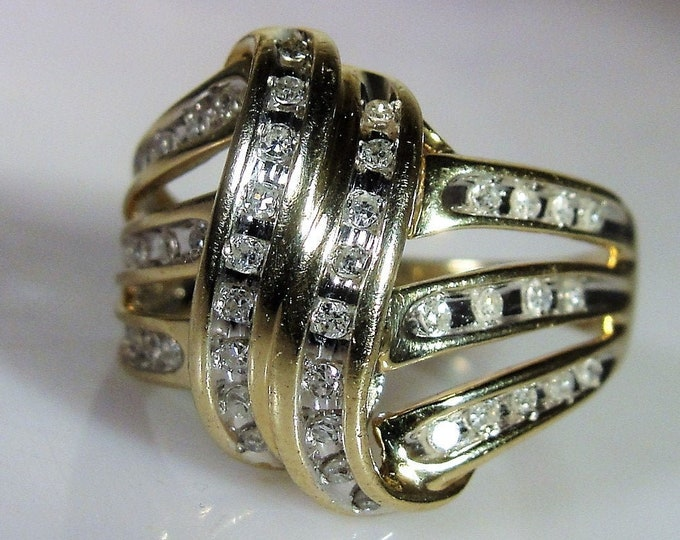 10K Diamond Channel Ribbon Ring, Diamond Dome Ring, Cocktail Ring, Dinner Ring, Statement Ring, Right Hand Ring, Vintage Ring, Size 7