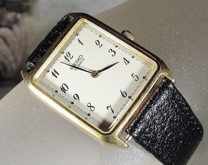 SEIKO Wrist Watch, Unisex Tank Wrist Watch, Women's Watch, Man's Watch, Quartz Watch, 6D4099 Model, Black Leather Band, Vintage Wrist Watch