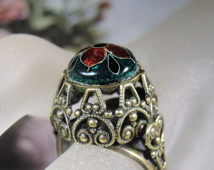 Brass Enamel Ring, Cloisonné Enamel Ring, Brass Filigree Ring, Red and Green Enameling, Unique Flower Ring, Vintage Ring, Size 6.5 to 7