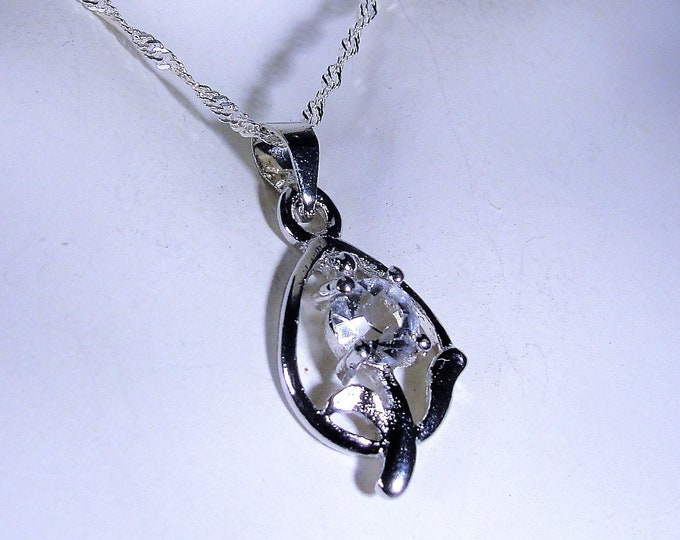 Sterling Silver Crystal Flower Pendant with a 19 Inch Sterling Silver Serpentine Chain, Flower Pendant, Vintage Necklace