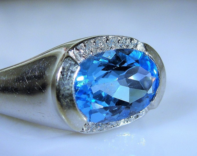 Man's Topaz Diamond Ring, 14K White Gold Man's Swiss Blue Topaz & Diamond Ring, Vintage Ring, Size 8.75, FREE SIZING!!