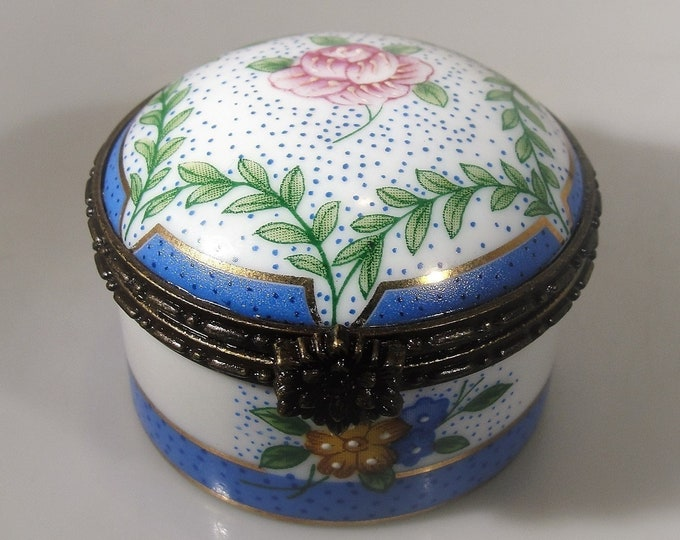 Trinket Box, GOLDEN PEAK Floral Porcelain Trinket Box, Tea Rose Design with Blue Accents, Floral Trinket Box, Pill Box, Vintage Trinket Box