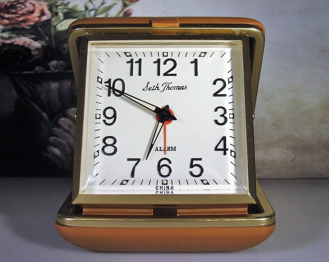 SETH THOMAS Travel Alarm Clock with a Hard Shell Fold In Cover, Alarm Clock, Mechanical Clock, Travel Clock, Vintage Clock, Collectible