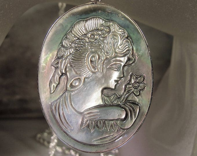 Cameo Necklace, Abalone Shell Cameo, Lustrous Cameo, High Relief Cameo, Grey Cameo, Mother of Pearl Relief, Vintage Cameo Necklace