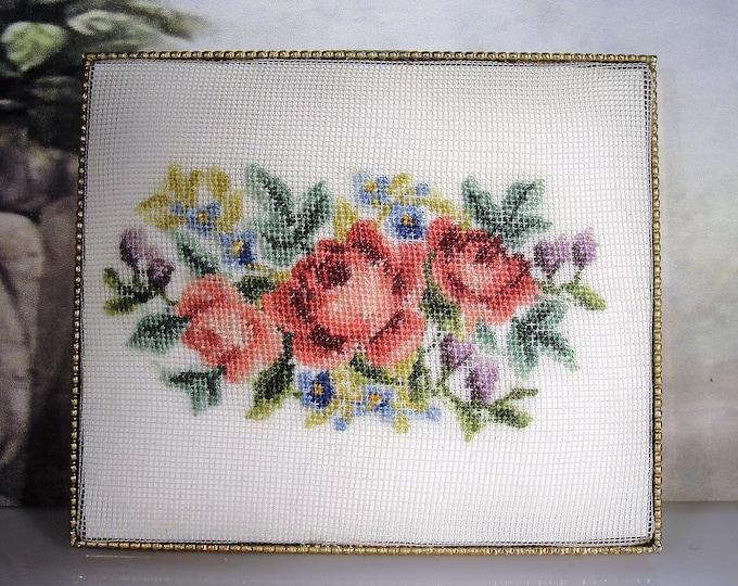Powder Compact, SCHILDKRAUT Vintage Petite Point Tapestry Powder Compact, Vintage Compact
