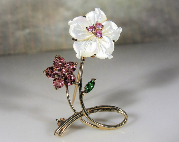 10K Yellow Gold Brooch, Mother of Pearl Flower with a Pink Tourmaline Flower and Green Emerald Leaf Brooch, Vintage Brooch