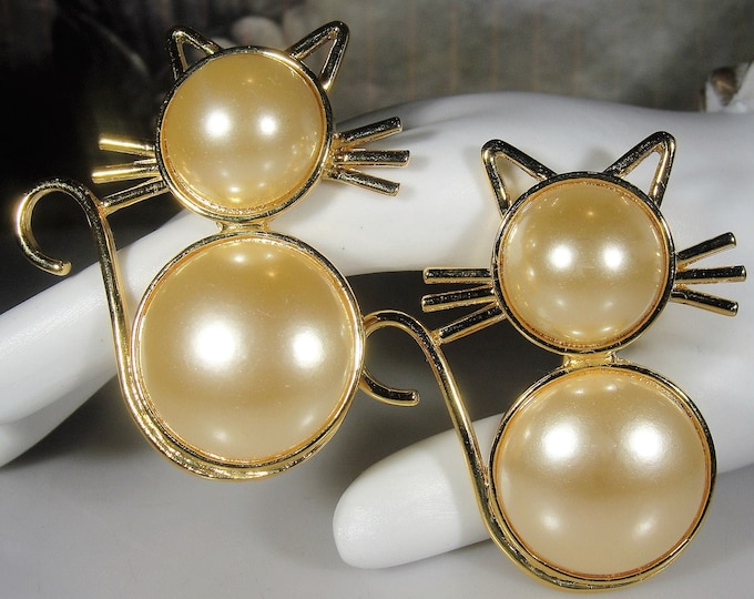 Cat Brooch, Two Faux Pearl Cat Brooches, Cat Scatter Pins, Kitty Brooch, Gold Tone Cat Brooches, Twin Cat Brooch, Vintage Brooch
