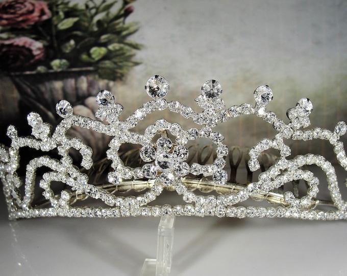Vintage Sparkling Comb Tiara with Floral Rhinestone Detail! Wear For Weddings, Prom, Sweet 16, Quinceanera, Vintage Tiara