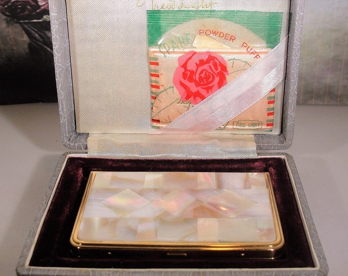 Powder Compact, NEW LIGHT Purse Powder Compact, Vintage Compact, Original Case, Unused Powder Puff -  Collectible