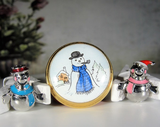 CRUMMLES Enamel Trinket Box, Petite Snowman Pill Box w/ 2 Sterling Silver European Style Snowman and Snow Woman Charms, Vintage Trinket Box