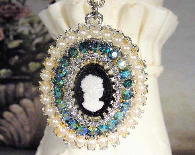 Faux Pearl and Blue Aurora Borealis Rhinestone Cameo Necklace, Pretty Cameo Necklace, Fashion Necklace, Vintage Necklace
