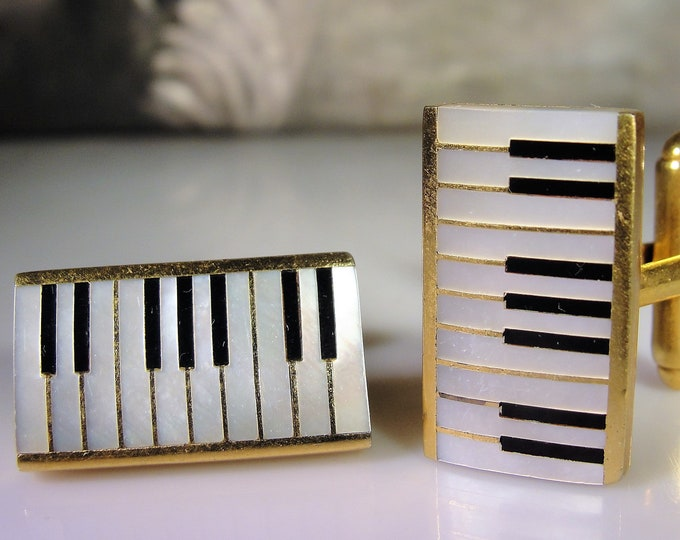 SWANK Cuff Links, Piano Cuff Links, Music Cuff Links, Mother of Pearl and Onyx Cuff Links, Made In Austria, Vintage Cuff Links