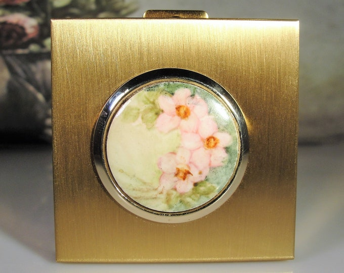 Vintage Vanity Contact Lens Purse Compact, Contact Lens Wells, Plastic Eye Drop Bottle, Mirrored Compact, Floral Compact, Vintage Compact