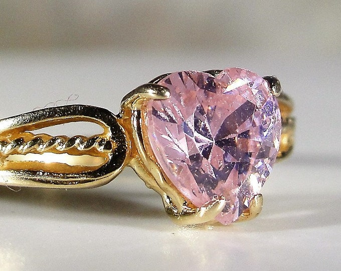 10K Pink CZ Heart Ring, 1.25 Carat Pink Cubic Zirconia, Heart Ring, Promise Ring, Right Hand Ring, Vintage Ring, Size 7.5, FREE SIZING!!