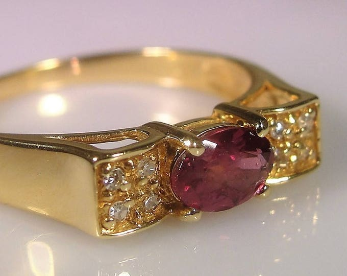 Vintage 18K Yellow Gold Pink Tourmaline and Diamond Ring, Rubellite Tourmaline, Band Ring, Vintage Ring, Size 7.75
