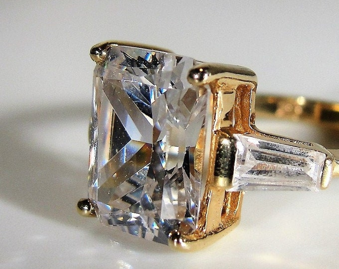 Engagement Ring, 10K 3CT Cubic Zirconia Emerald Cut Ring, Baguette Accents, CZ Ring, Engagement Ring, Vintage Ring, Size 5, FREE SIZING!!