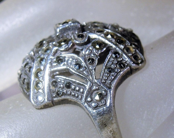 Marcasite Ring, Sterling Silver Marcasite Ring, Marcasite Dome Ring, Marcasite Art Deco Style Ring, Vintage Ring, Size 7, FREE SIZING!!