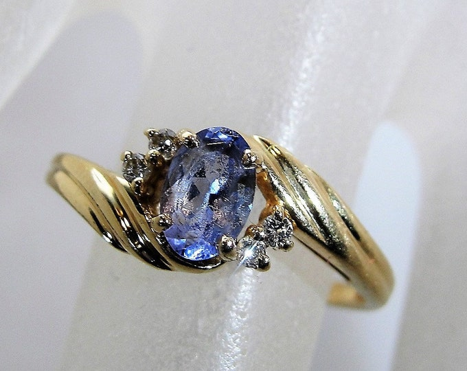 Tanzanite Ring, 14K Yellow Gold Purple-Blue Tanzanite & Diamond Ring, Statement Ring, Right Hand Ring, Size 7.25, Vintage Ring, FREE SIZING!