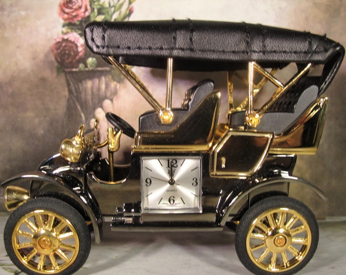 WATERBURY CLOCK Company, Antique Model T Gun Metal Chrome Gold Leather Miniature Clock Presented by Timex, Collectible Miniature Clock