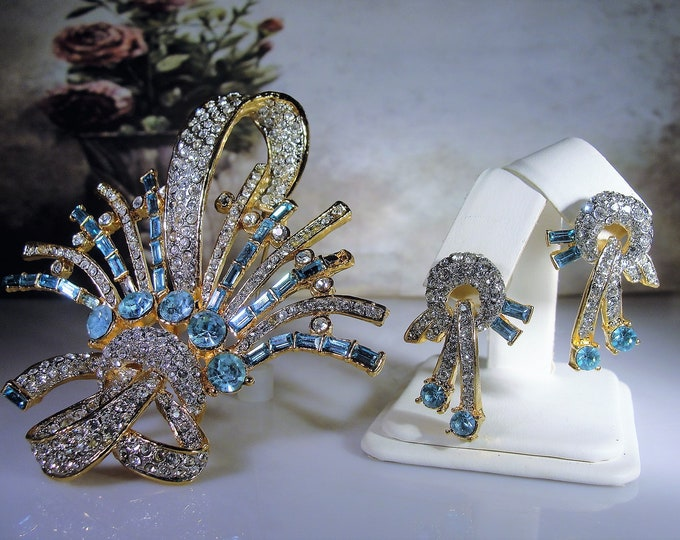 Brooch and Earrings Set, Vintage Art Deco Light Blue Rhinestone Brooch and Earrings Jewelry Set