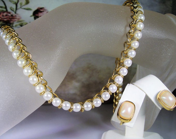 Jewelry Set, Vintage RACHELIEU Pearl Jewelry Set, Faux Pearl Choker/Necklace and Clip On Earrings