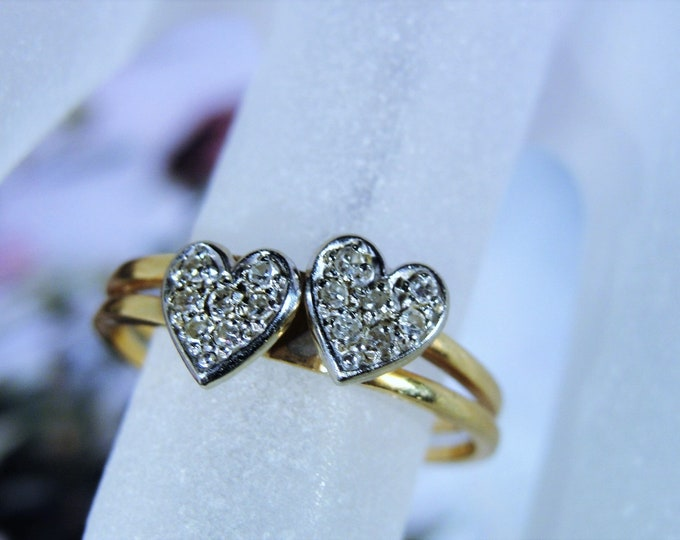 14K Gold Ring, Diamond Hearts, Twin Heart Ring, Promise Ring, Diamond Ring, Pave Diamond Ring, Gift for Her, Hearts, Vintage Ring, Size 6.25