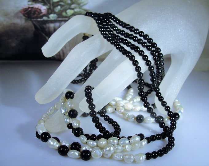 14K Rice Pearl and Onyx 4 Strand Necklace, Multi Strand Necklace, Black and White Necklace, 18 Inches, Vintage Necklace