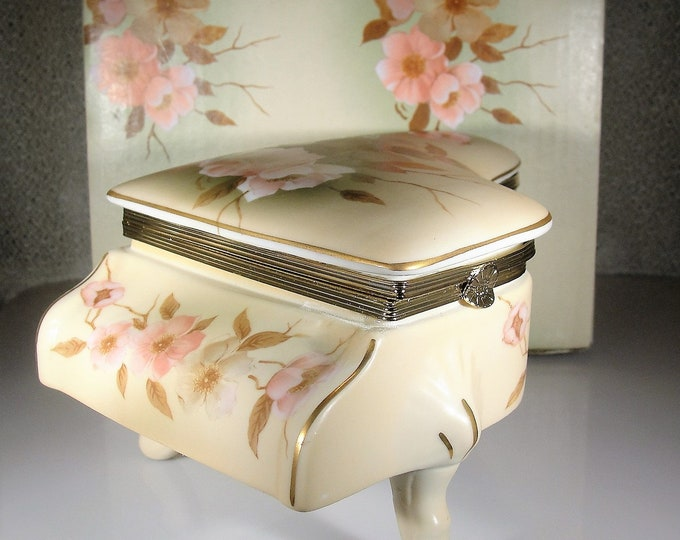 """HUMMELWERK Music Box, Victorian Garden """"DOGWOOD"""" Porcelain Music Box & Trinket Box, I Could Have Danced All Night Melody, Vintage Music Box"""