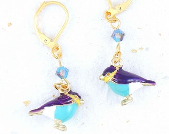 Small enamelled birds earrings on golden brass with Swarovski crystals on hypoallergenic golden stainless steel hooks (3 colors)