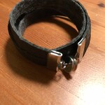 Piñatex bracelet with stainless magnetic clasp in matte black/cream or metallic gold/silver (Piñatex: vegan alternative to animal leather)