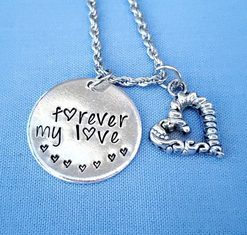 daughter aunt sister mommy Love you to the moon and back hand stamped necklace for grandma etc friend