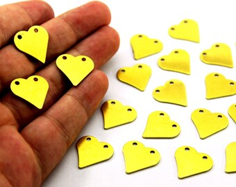 10 pcs 0.80x17x17 mm Raw Brass Heart Patterned Charms