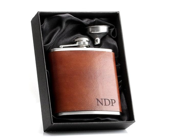 Engraved Flask Set, Custom Flask Set, Bride Flask, Flask for Women, Engraved Hip Flask, Custom Flask, Monogram Flask, Pocket Flask
