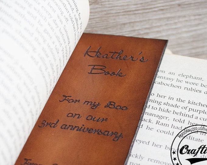 Custom Bookmark, Leather Bookmark, Quote Bookmark, Gift for Writer, Books lover, Bookworm, Page Marker, Unique Bookmarks, Page Holder