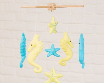 READY TO SHIP - Seahorse Mobile, Baby Mobile, Felt mobile, Crib mobile,Nursery mobile, Blue and Yellow Mobile