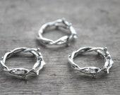 Thorn midi ring. Goth midi ring. Gothic ring