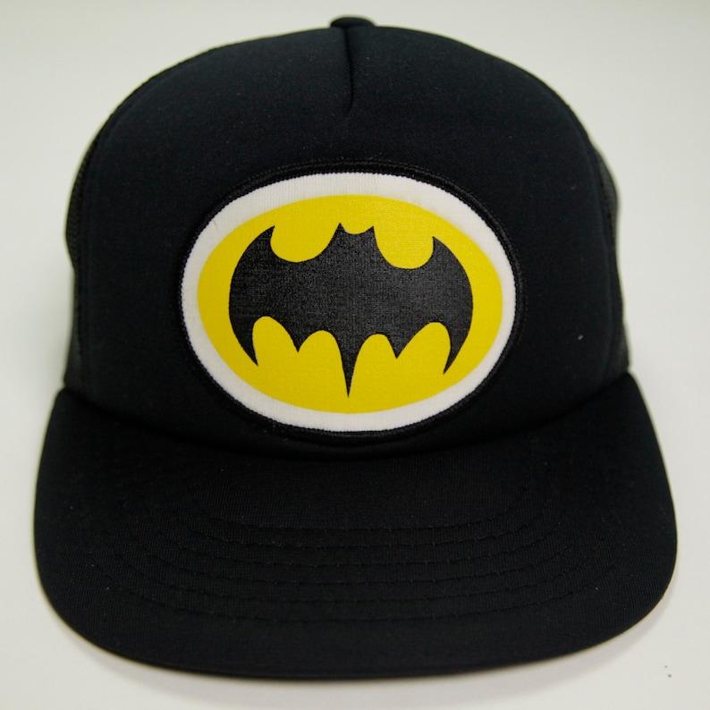 370d13e4034 80s Era Vintage DC Comics Batman Logo Mesh Snapback Hat Made