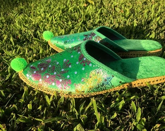 0c62891f6f703 The Emerald City Slippers  Women s Vintage Green Velvet Slip-On Flats India  Print Sequin Pom Pom Hippie Boho House Shoes - Size 6