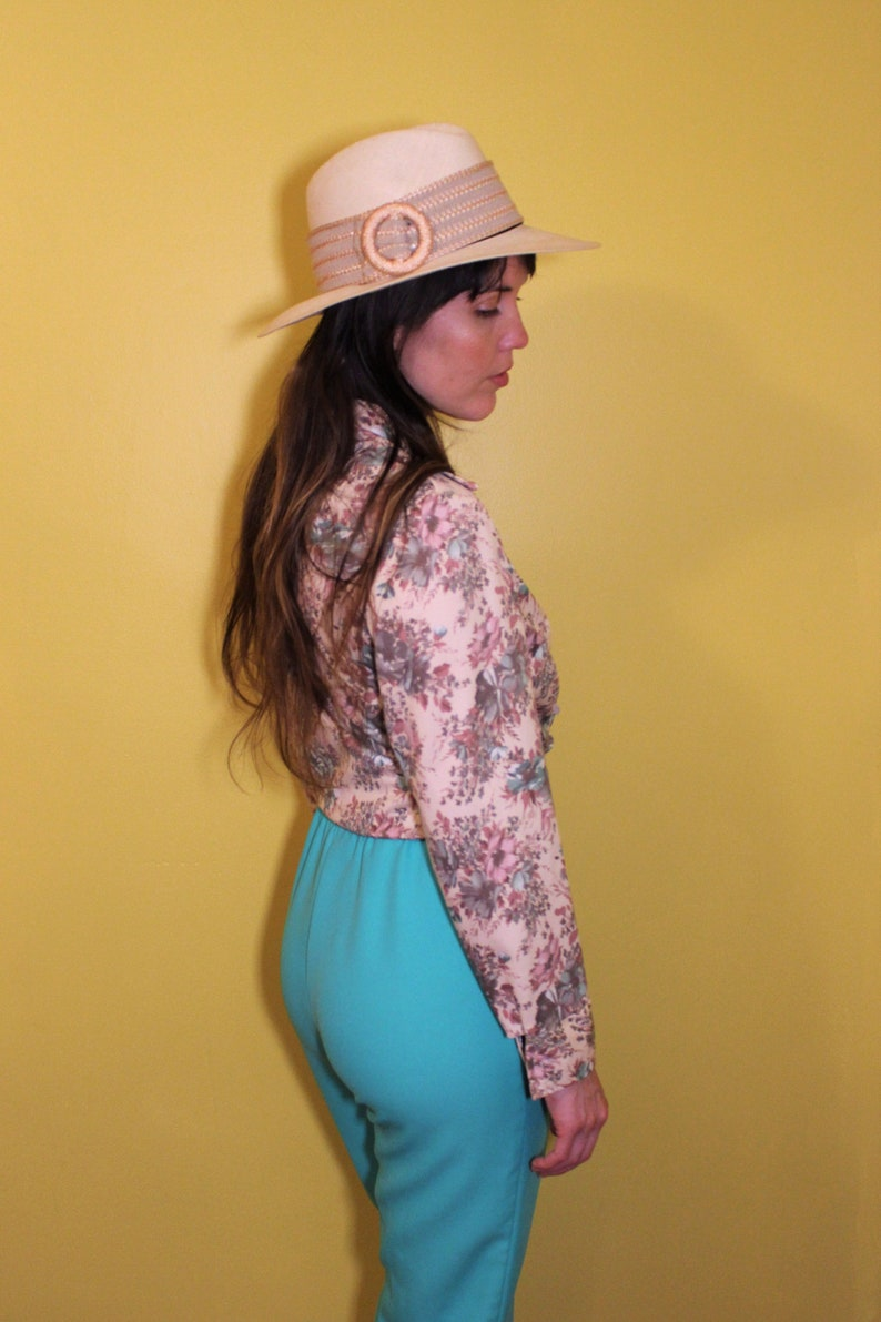 The Floral Fields Blouse Union Made 1970s Vintage Beige Pink Blue Flower Print Retro Hippie Bohemian Long Sleeve Button Up Collared Shirt